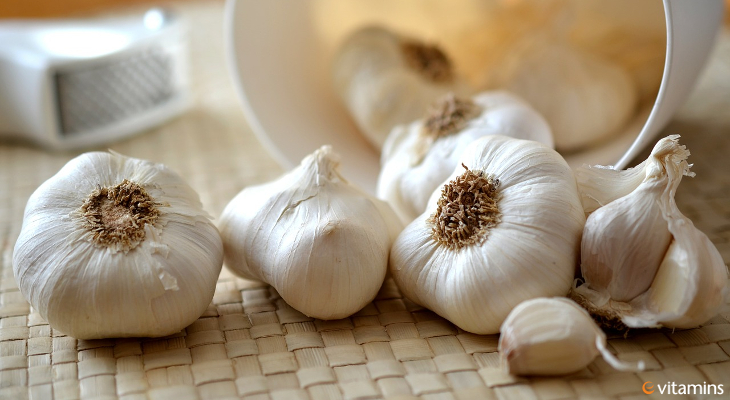 Are you a garlic lover or hater? No matter how you feel about it, read on, because there are some great benefits to garlic you may not know about.