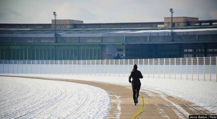 Do you continue exercising outdoors even as the temperature drops? If  so, make sure you're taking the proper steps to stay safe this winter.  Read on to learn more.