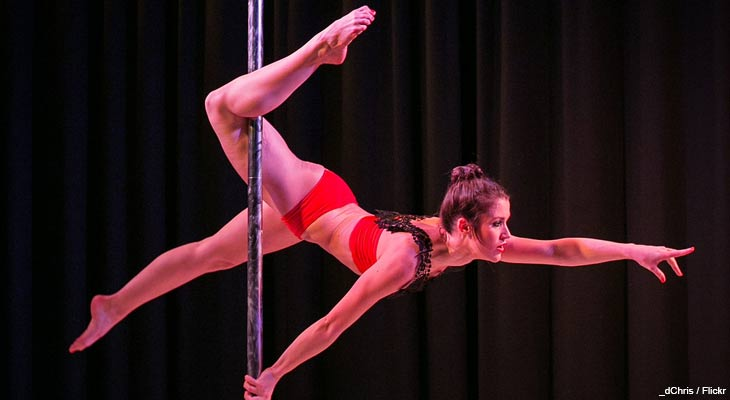 Pole dancing may not be the exercise activity you had in mind when you said you wanted to lose weight, but dancing with a pole offers more health benefits than you'd expect.