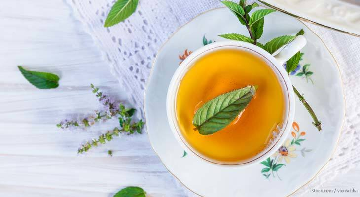 Take a look at the 10 best reasons to start drinking tea.